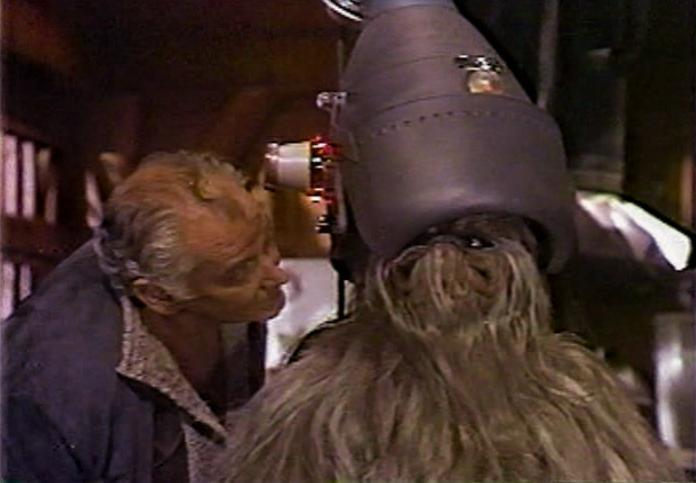 Art Carney gives Chewbacca's father, Itchy, some porn. Really.