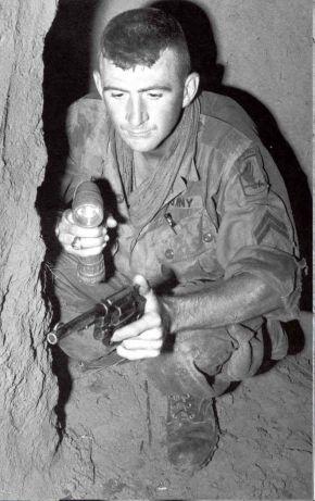 tunel rat